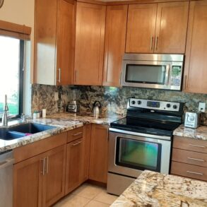 SOLD!   REMODELED 2 BEDROOM TOLTEC MODEL END UNIT- 67402 S. CHIMAYO – LISTING #219038622