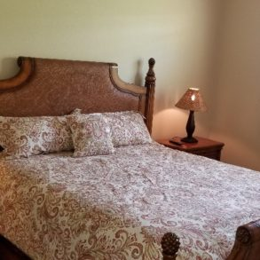 SOLD! BEAUTIFUL TOMMY BAHAMA VILLA – 3 BEDROOM – LISTING # 00412524 – 29322 W. LAGUNA DR.